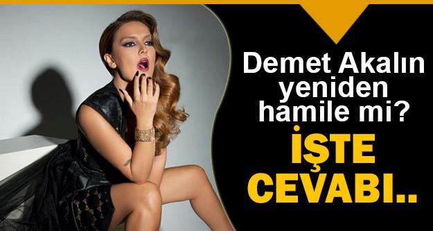 Ünlü şarkıcı Demet Akalın, Söylemezsem Olmaz programına konuk oldu.