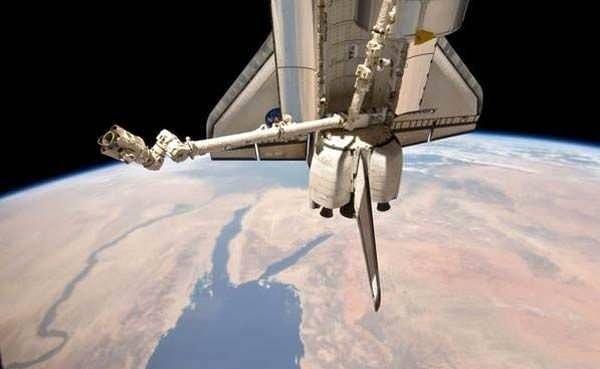 Google Maps programından erişilen uydu fotoğrafları dünyanın dört bir yanında gizemli yapıları ve şekilleri ortaya çıkarıyor.