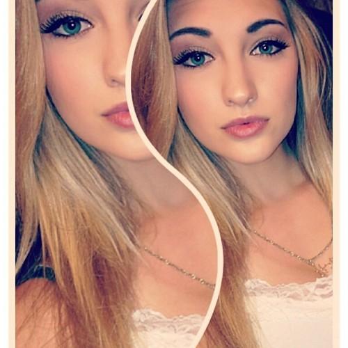 18 yaşındaki Anna Faith Carlson isimli genç kız, çizgi film karakteri Elsa'ya olan benzerliği keşfettikten sonra hayatı bir anda değişti...