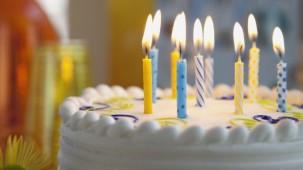 Doğum Gününde Neden Pasta Kesiyoruz ?