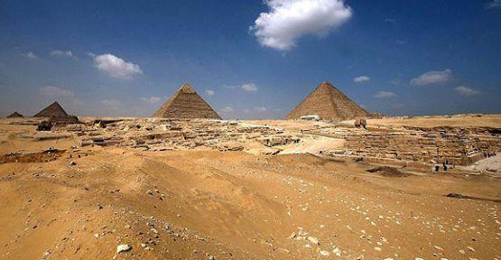 """11.11.11"" korkusu piramit kapattıracak"