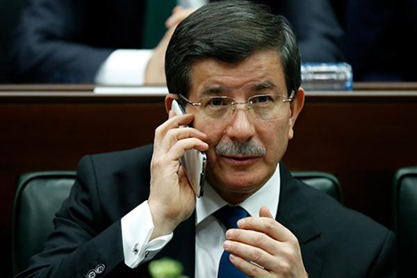 Davutoğlu'nu telefonla aradı ve..