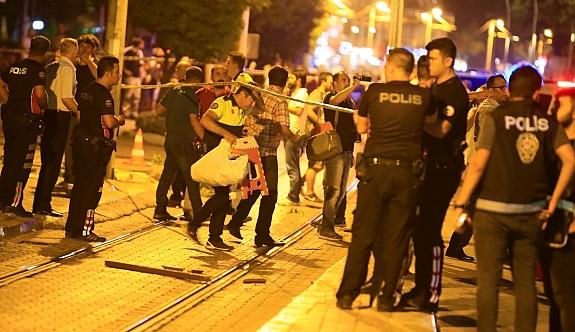 Antalya'da Demokrasi Mitingi Sırasında patlama!