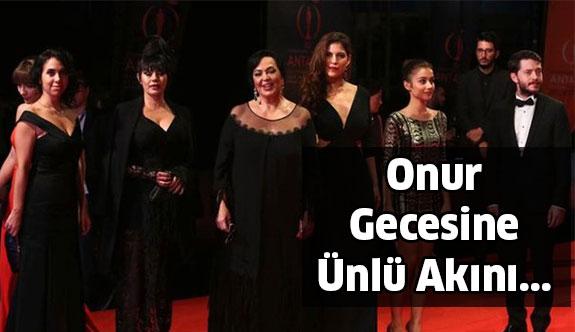 Antalya'da Onur Ödülleri Gecesi