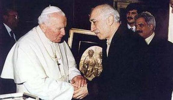 Selçuk Özdağ açıkladı: Gülen'le Papa'yı görüştüren ismi biliyorum