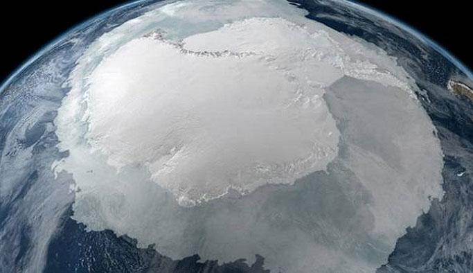 Gizemli Devasa Obje Antarktika'da