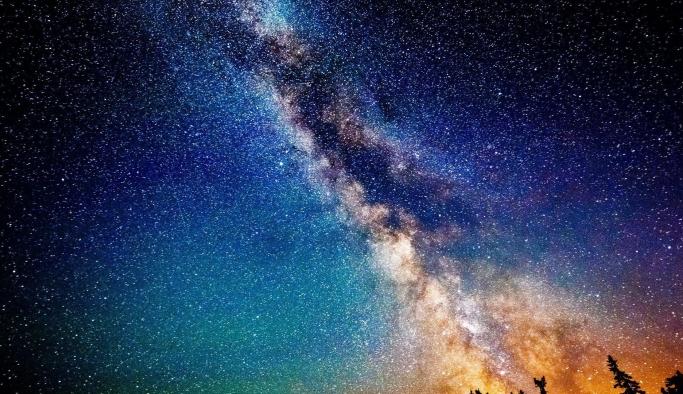 Telefon Kamerasıyla Güzel Gökyüzü Fotoğrafları Nasıl Çekilir?