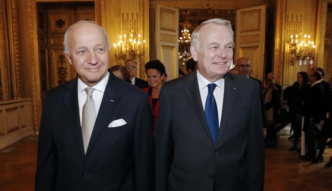 Fransa'da Eski Başbakan Dışişleri Bakanı Olarak Atandı