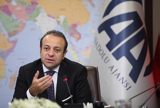 AB Bakanı Bağış, Akademi'de ders verecek