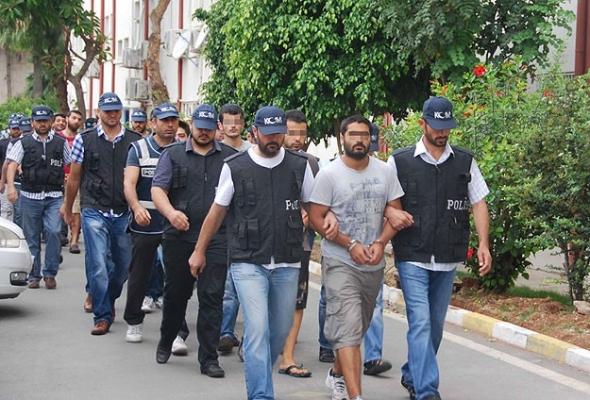 Adana'daki 13 şüpheli serbest bırakıldı