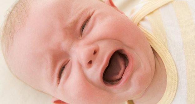 Ağlayan bebek nasıl sakinleşir?