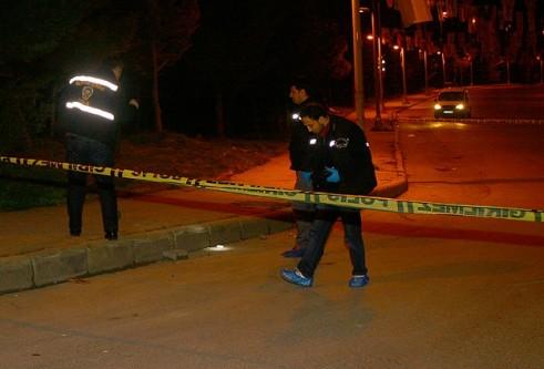 AK Parti Esenyurt İlçe Başkanlığı'na silahlı saldırı