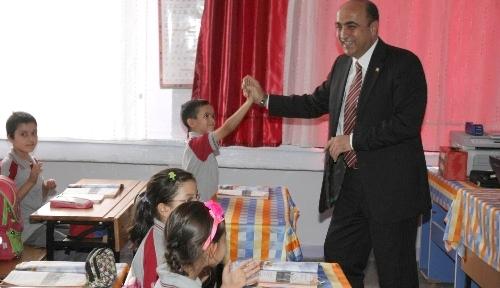 Aksaray Belediyesi, ihtiyaç sahibi öğrencileri unutmadı