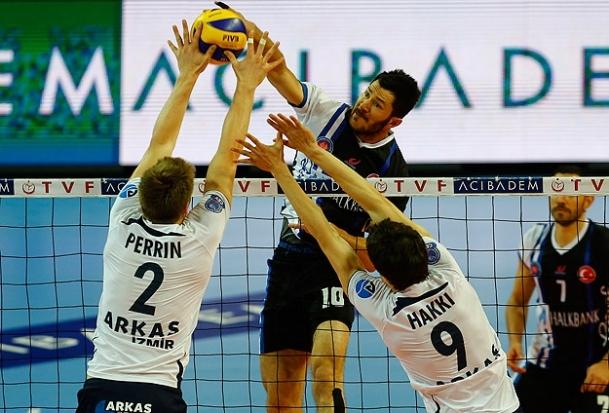 Arkas Spor final serisinde öne geçti