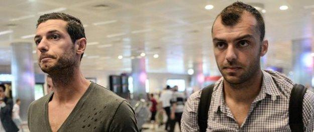 Aslan'da Goran Pandev ve Dzemaili yolcu