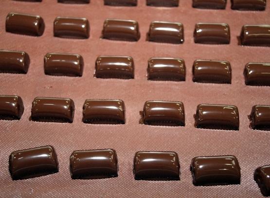 Avusturya'da 18 ton çikolata çalındı