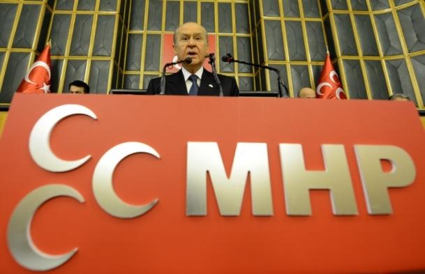 Bahçeli'den AK Parti'ye eleştiri