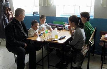 5 köye hizmet veren okulda sadece 4 öğrenci...