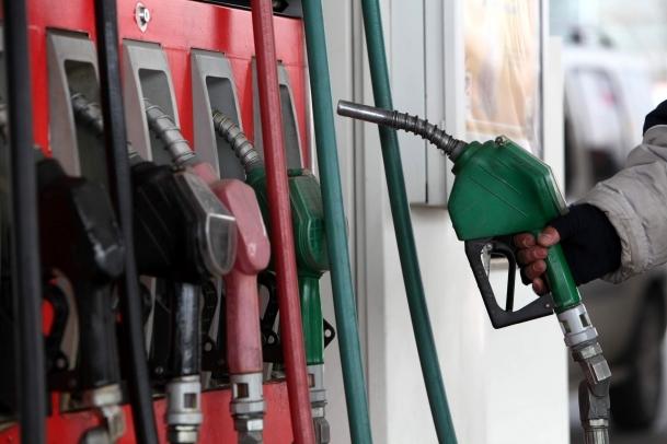 Benzine 6 kuruş zam