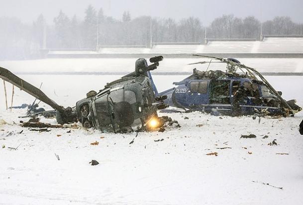 Berlin'de İki helikopter çarpıştı: 1 ölü