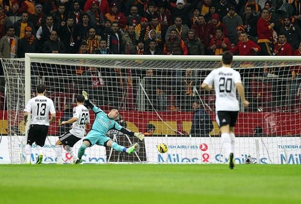 Beşiktaş 3 gollü galibiyetlere abone