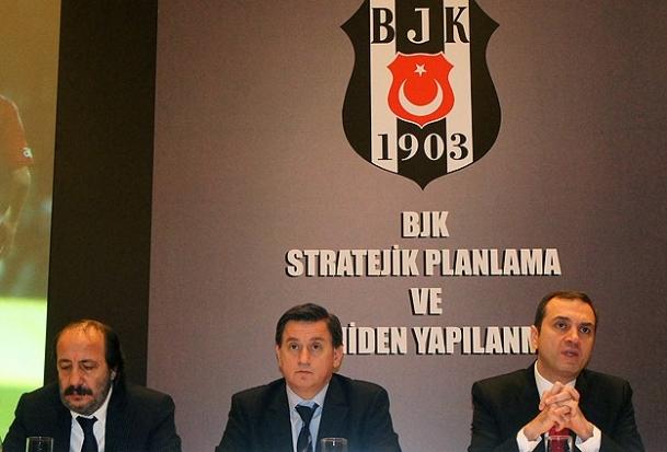 Beşiktaş'ta 3 yönetici istifa etti