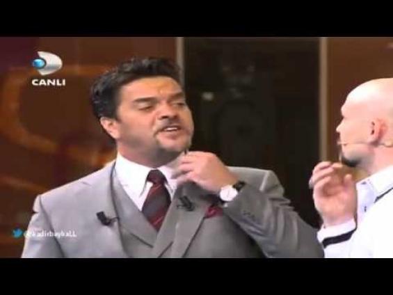 Beyaz ile Atalay Demirci'nin güldüren diyalogları