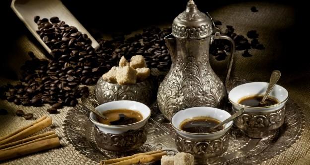 Bir fincan kahvenin kırk yıl hatrı vardır