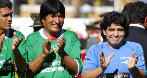 Bolivya Başbakanı futbolcu oldu!