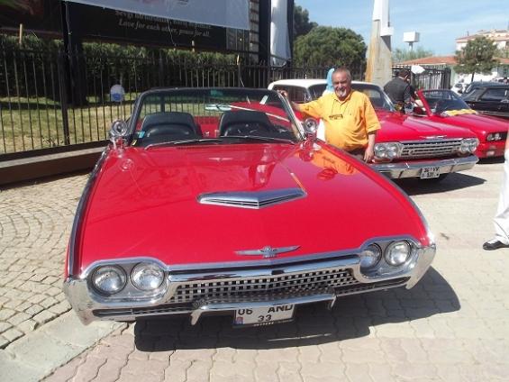 Büyükçekmece'de Klasik Otomobilcilerin buluşması!
