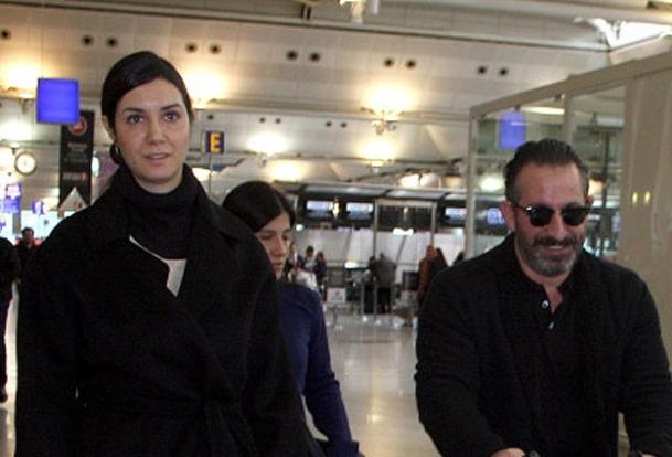 Cem Yılmaz ailesiyle yurtdışına gitti