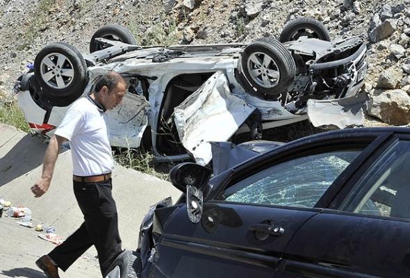 Çorum'da trafik kazası: 12 yaralı