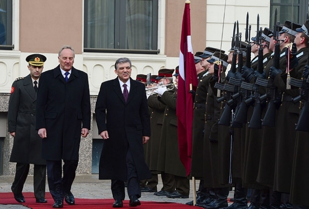 Cumhurbaşkanı Gül Riga'da