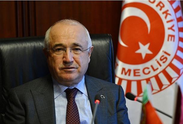 Cumhurbaşkanı Gül'e ''Anayasa'' bilgisi