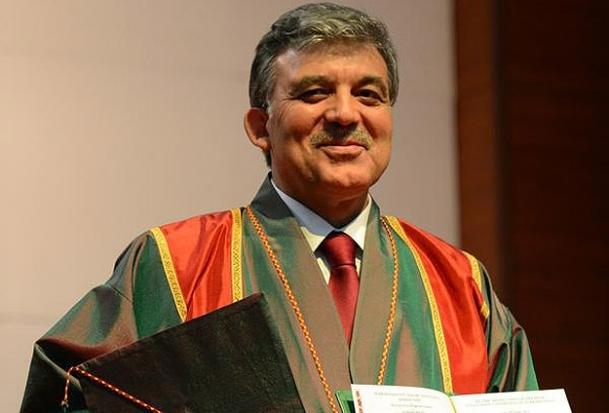 Cumhurbaşkanı Gül'e fahri profesörlük unvanı verildi