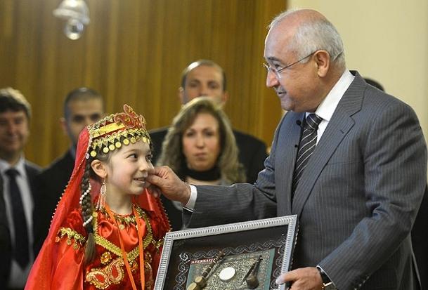 Dünya çocukları Meclis'te