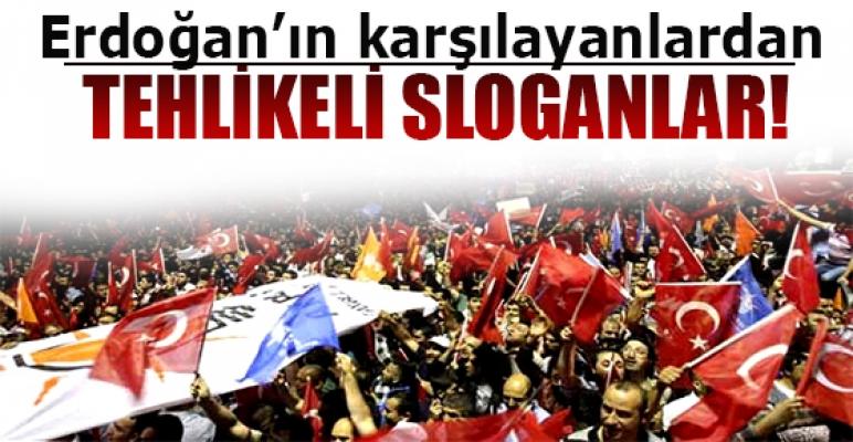 Erdoğan'ı Atatürk Havalimanı'nda binlerce kişi karşıladı
