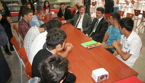 Erzincan'da otobüs seferleri öğrencileri sevindirdi