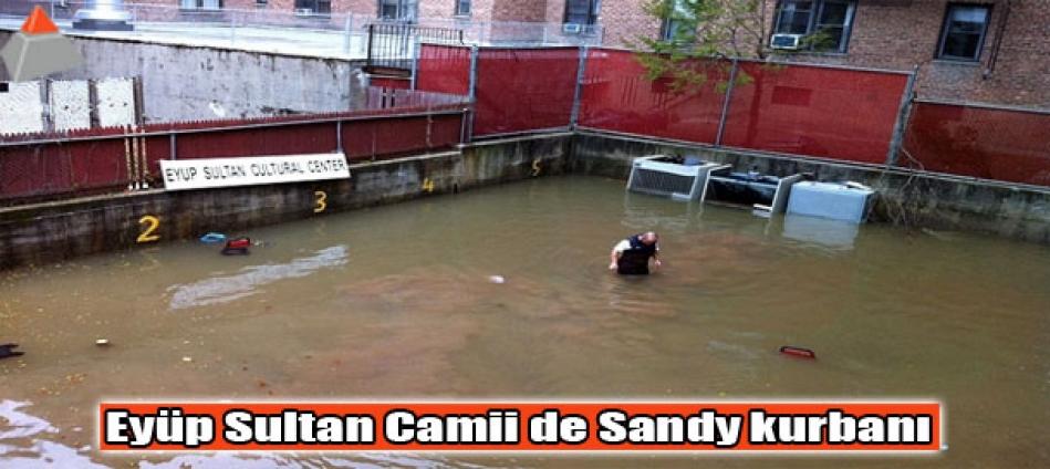Eyüp Sultan Camii de Sandy kurbanı