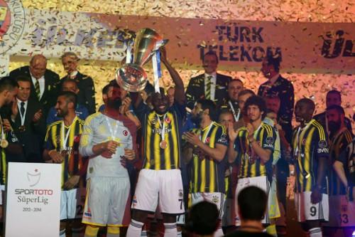 Fenerbahçe'de temizlik! 5 yolcu...