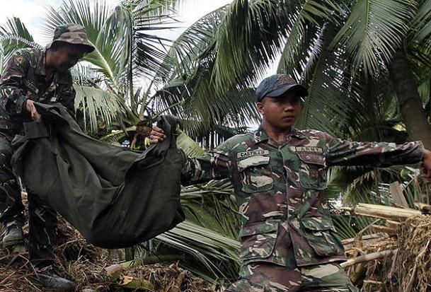 Filipinler'de pusu: 7 ölü