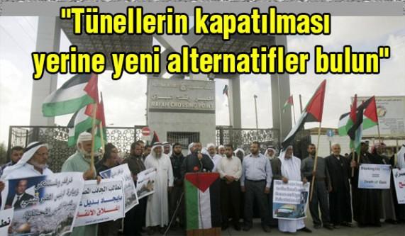"""Filistinliler'den """"kapı açılsın"""" protestosu"""