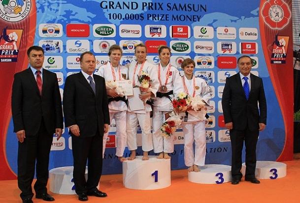 Grand Prix'de bronz madalya