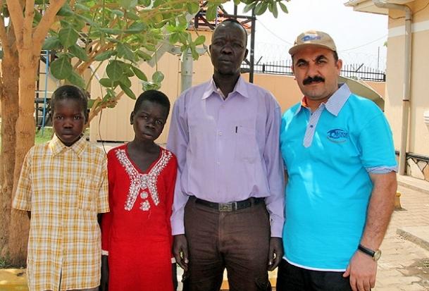 Güney Sudanlı çocuklar derin uykuda