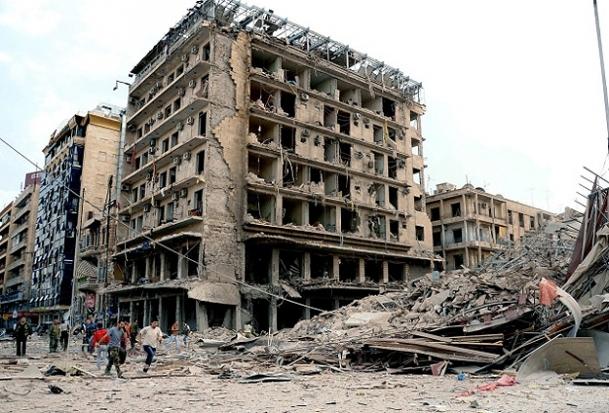 Halep füzelerle bombalandı