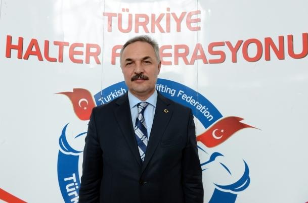 Halterin yeni başkanı Tamer Taşpınar