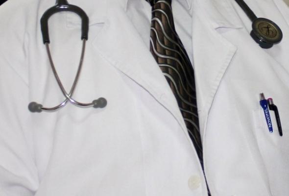 Hekim sayısı da hekime müracaat oranı da arttı