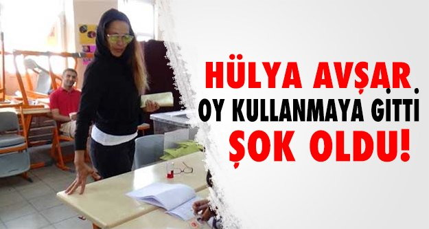 Hülya Avşar'a imza şoku!