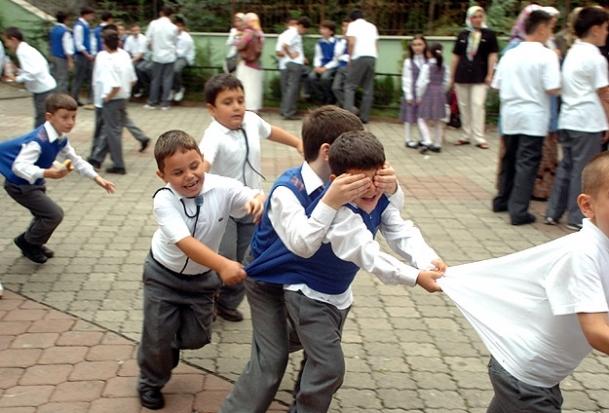 İlk ve ortaokullar da 20 Mayıs'ta tatil
