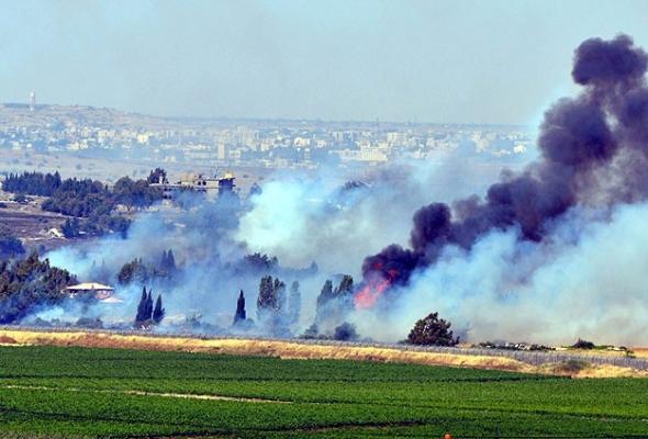 İsrail sınırındaki köylere topçu ateşi
